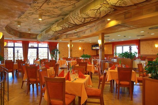 Primavera Hotel & Congress Centre: Restaurant Primavera
