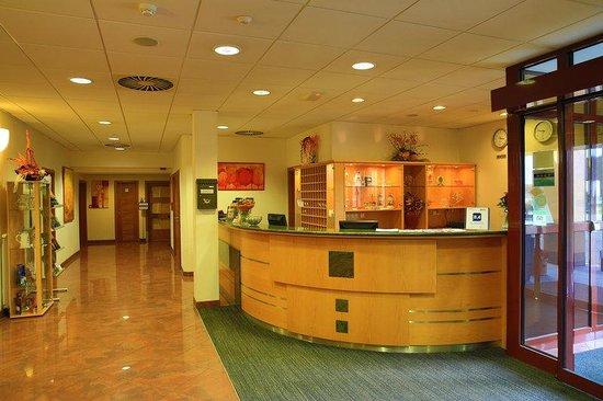 Primavera Hotel & Congress Centre: Reception