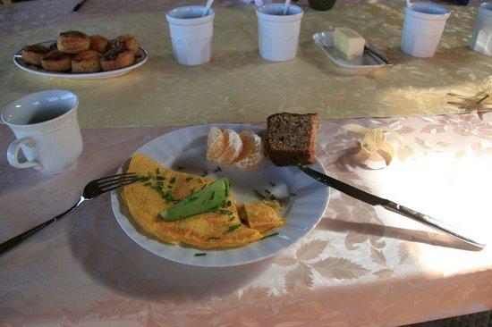Aloha Guest House: 朝食1
