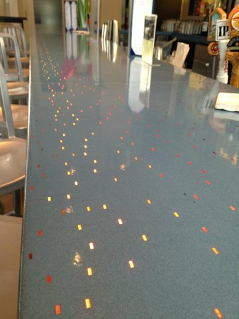Aloft San Francisco Airport : bar