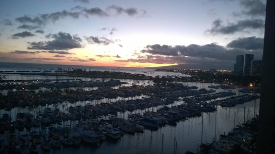 The Modern Honolulu : View from my room