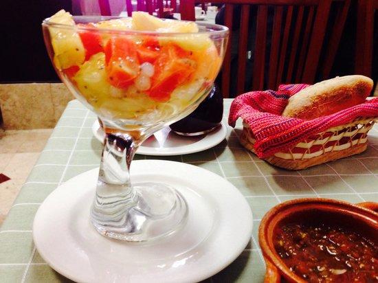 Nicos Mexico : Cocktail de frutas con tapioca... Ummm...