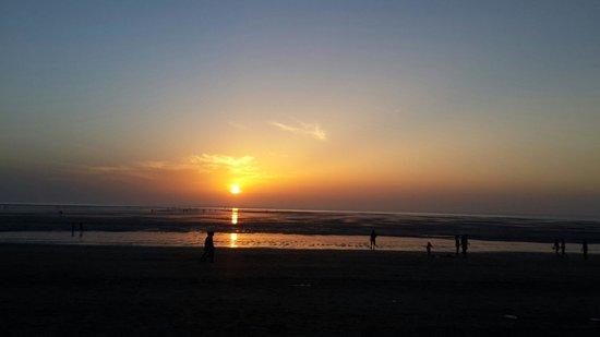 Jampore Beach: Sunset