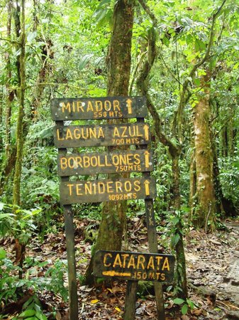 Rio Celeste : here are the distances- go all the way to the end!