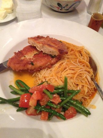 Trading Post Cafe : Chicken Picatta