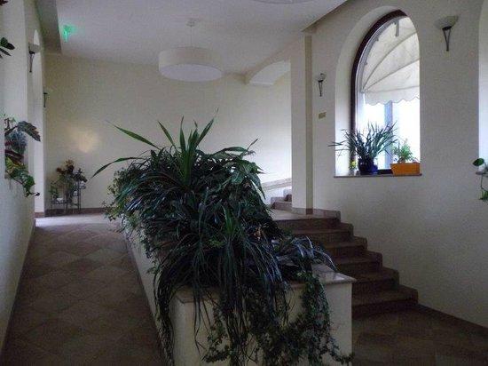 Hotel Sonnenhof: ... am Weg zu den Zimmern...