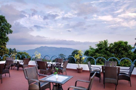 Deluxe suite picture of sterling munnar chinnakanal for Terrace 6 indore