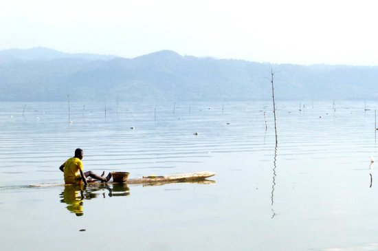 Cocoa Village Guesthouse: The lake, fishing