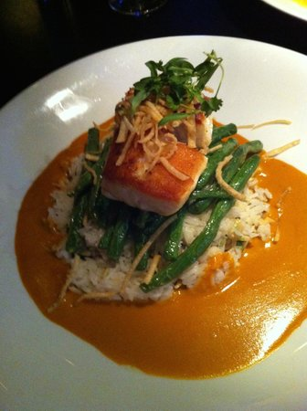 Cactus Club Cafe: Thai red curry ling cod with coconut almond rice