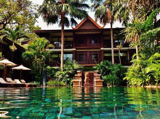 Belmond La Residence d'Angkor: Piscinon
