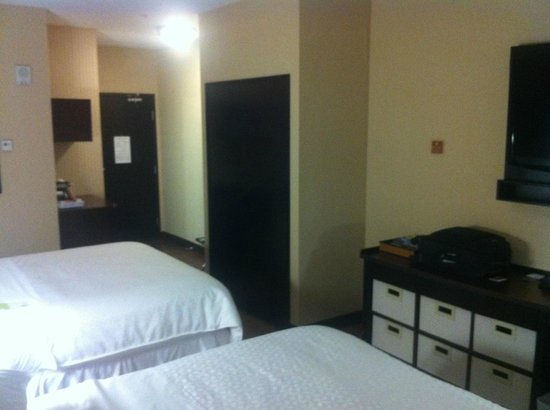 Four Points by Sheraton Calgary West: #1