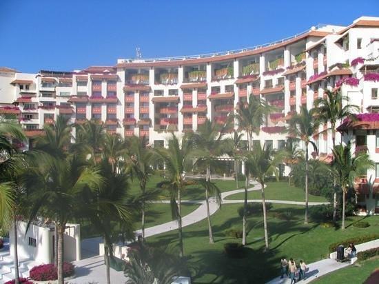 Grand Velas Riviera Nayarit: luxury resort
