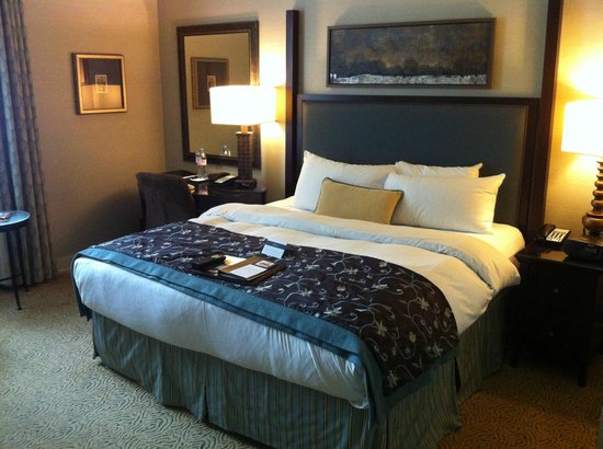 The Fairmont Palliser: Updated room