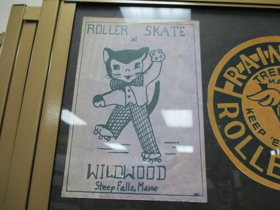 National Museum of Roller Skating: Cute Team Logo