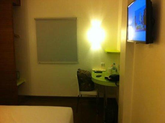 Amaris Hotel Nagoya Hill: Smart room