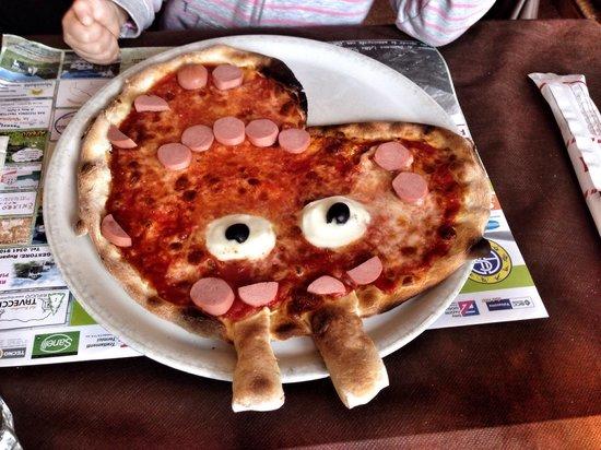 Casargo, Włochy: Pizza di peppa pig