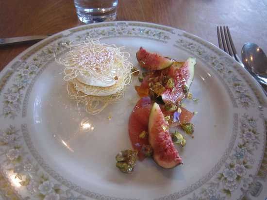St Isidore : Poached quince and passionfruit toffee to die for!