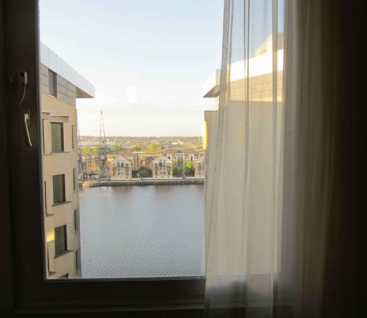 Novotel London ExCeL: a beautiful view from our room (№716)