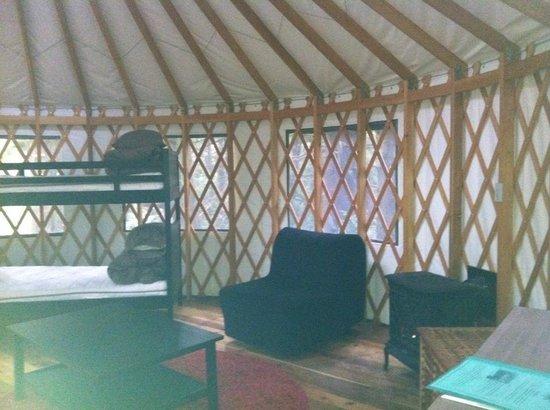 Wya Point Resort: Inside yurt