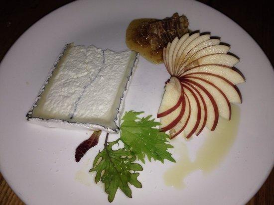 Bar Acuda : Goat cheese