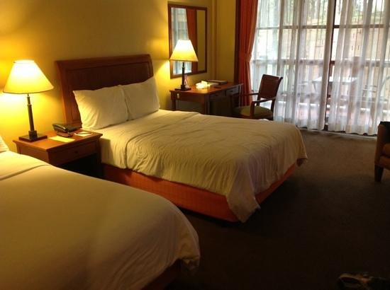 The Manor at Camp John Hay: second floor rooms for 2