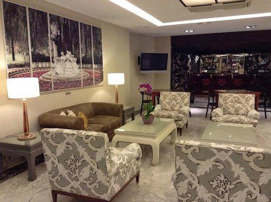 Hotel Becquer: Salon de l'hôtel
