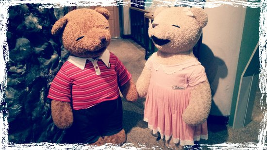 Teddy Bear Museum Jeju: such a sweet couple