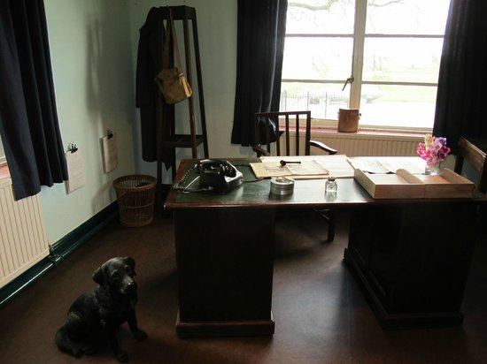 Royal Air Force Scampton Museum: Guy Gibson's office