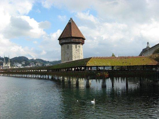 The Tourist Hotel: мост Капельбрюкке