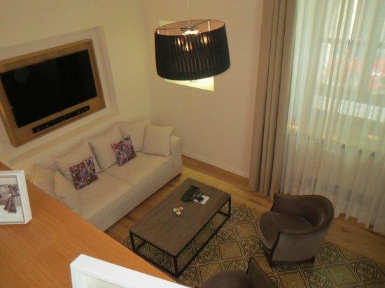 Palma Suites: Living Room Level
