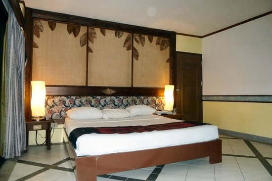 River Kwai Bridge Resort : Room in River Wing