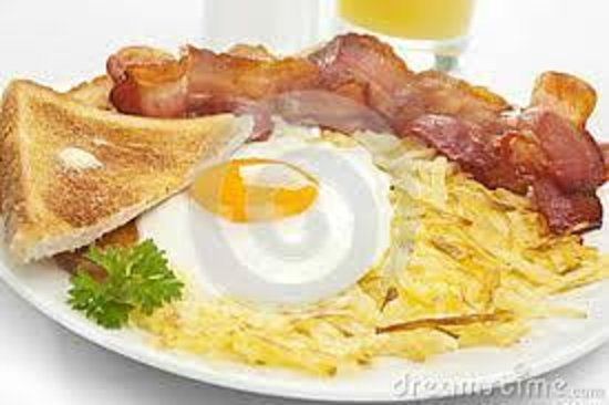 Hanoi A1 Hotel: fried eggs with bacon and butter