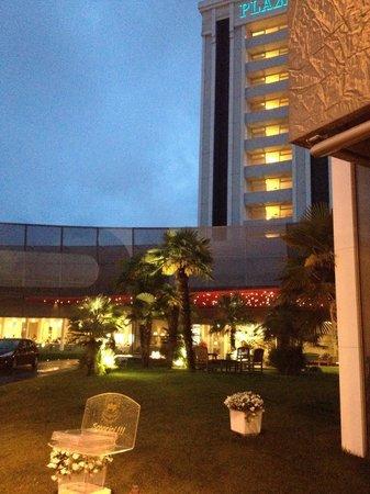 Panoramic Hotel Plaza : Ingresso