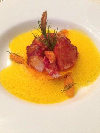 Restaurant & Hotel Georges Wenger: Homard bleu glacé aux carottes à l'aneth et cardamone