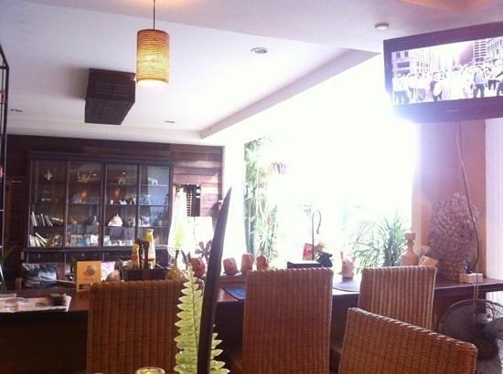 Mandala House : breakfast starts at 6.30am to 10am