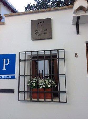 Posada de Quijada: entrance from a charming narrow street