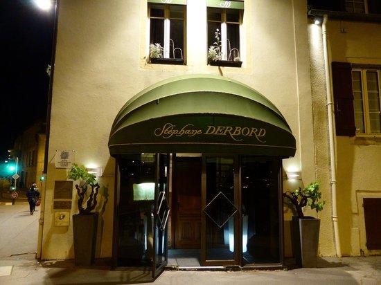 Stephane Derbord: Entrée du restaurant