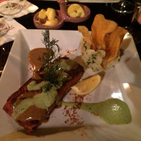 Comptoir Darna Marrakech : Tandoori Salmon... Amazing piece of salmon and so tasty- cooked to perfection