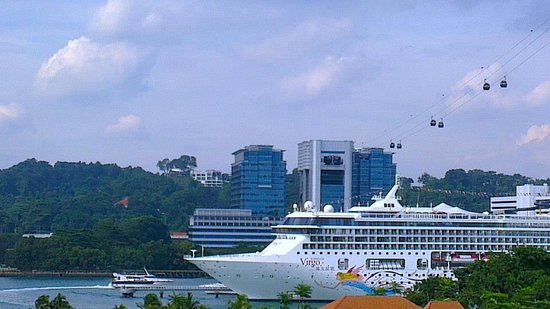Resorts World Sentosa - Equarius Hotel: Into the Equarius Zone
