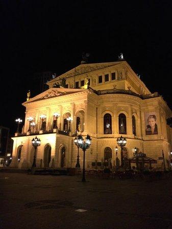 Alte Oper: Opera notte