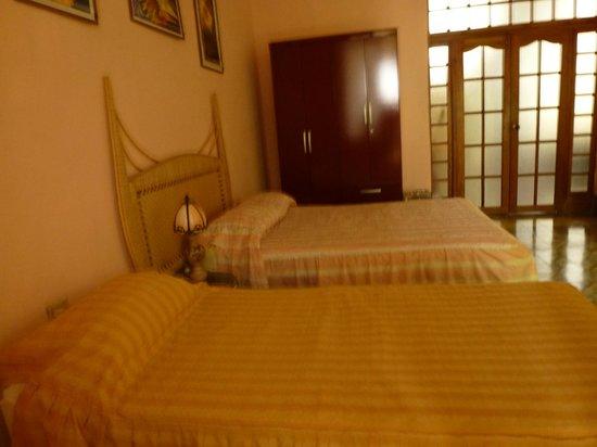 Casa Marianela y Luis: Habitación 1