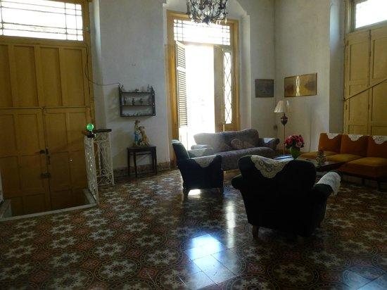 Casa Marianela y Luis: Salón