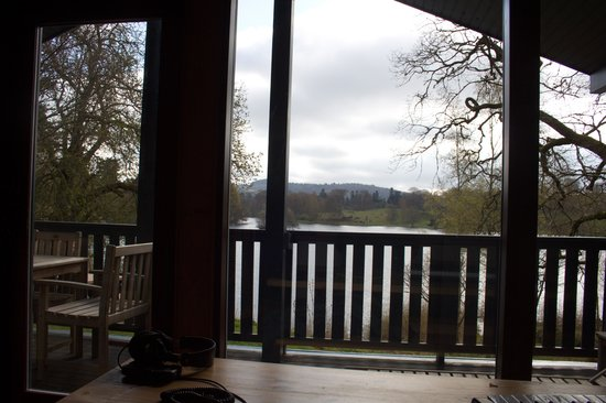 Loch Monzievaird Self Catering Lodges : View from the lounge