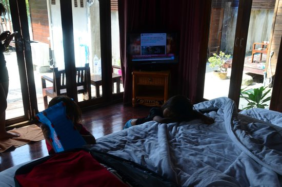Anda Resort: The room