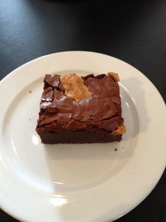 Diego's Cafe: Gooeyest peanut butter brownie, didn't want it to end!