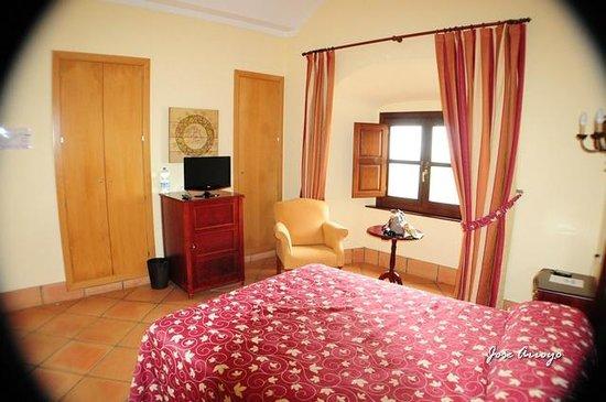 Complejo Turistico Castillo Castellar: habitacion