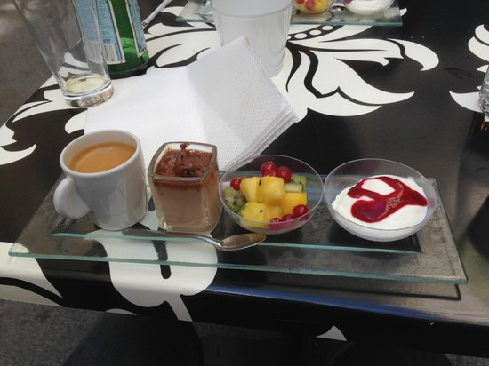 little georgette: café gourmand