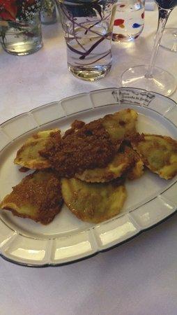 Antica Locanda di Sesto : tortelli ripieni al ragout