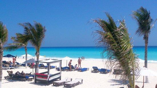 NYX Hotel Cancun : Вид из бара