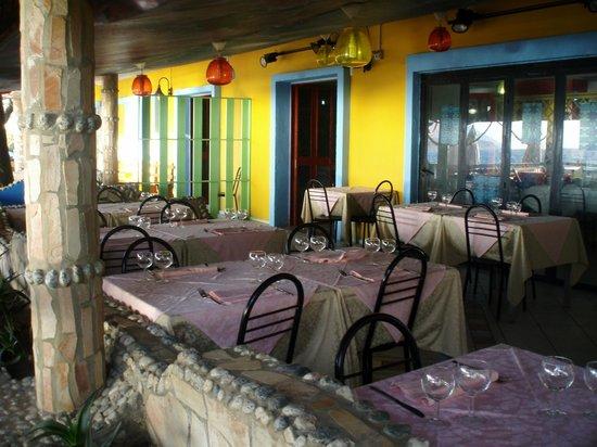 Villaggio Sayonara Club: Il Beach del Sayonara Club: il ristorante sulla spiaggia.